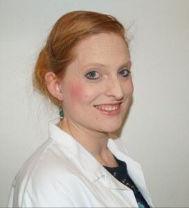 Sarah Roxana Herlofsen Forsker forfatter trebarnsmor
